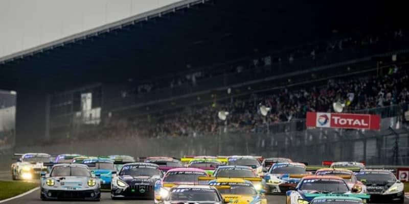 霧により13時間の中断となった2021年ニュル24時間。日本時間17時40分からのレース再開へ