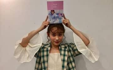 高橋愛が韓国ファッションに惹かれるワケ…「これをこうしちゃうんだ!」という驚きがある