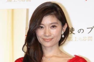 篠原涼子 10年前の姿に驚きの声「むしろ洗練さが増してる」