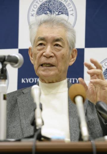 記者会見する京都大の本庶佑特別教授=26日午後、京都市