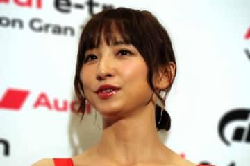 篠田麻里子に第一子妊娠報道 最新インスタ投稿にも注目集まる 元AKB48の篠田麻里子が、現在第一子妊娠中であることが報じられた。彼女の最新インスタグラムにも注目が集まっている