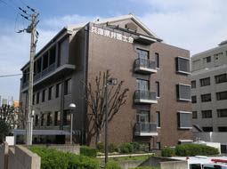 兵庫県弁護士会館=神戸市中央区橘通1