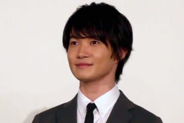 神木隆之介のロケを見る須賀健太の表情に注目集まる 「なんとも…」