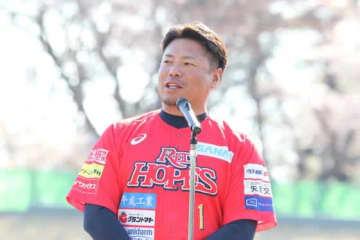 BCリーグ福島にMLB初女性コーチがコーチ留学 岩村監督「国際交流の一環に」