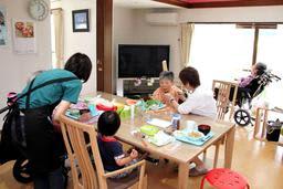 民家を活用し、入居者とスタッフが家族のように暮らすホームホスピス=神戸市兵庫区熊野町3、「神戸なごみの家 夢野」