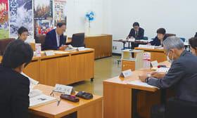 委員らが参院選前の街頭啓発など19年度の事業を承認した総会