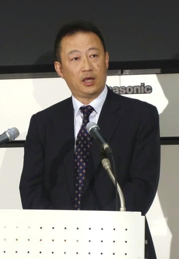 記者会見する日本取引所自主規制法人の平野剛常任理事=13日午後、東京都中央区