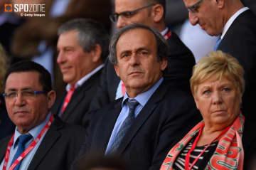 カタールワールドカップ不正招致で警察に連行されたプラティニ氏