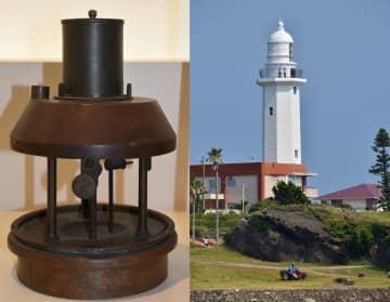 石油二重心灯器(左)と野島埼灯台