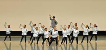 5月の県高校総体で男女混合のダンスを踊り優秀賞に輝いたさくら清修=宇都宮市文化会館