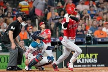 6日、アストロズ・バーランダーから本塁打を放ったエンゼルス・大谷翔平【写真:AP】