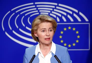 EU欧州委員長の後任候補、ドイツのフォンデアライエン国防相=10日、ブリュッセル(ロイター=共同)