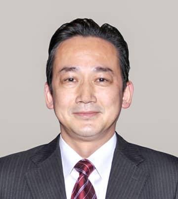 石上俊雄氏