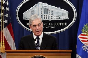 5月29日、米司法省で発言するモラー特別検察官=ワシントン(AP=共同)