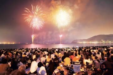 逗子海岸花火大会(過去の開催より)