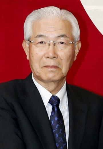 白石興二郎氏
