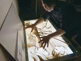 9月8日にサンドアートショーを開く森マサミチさん