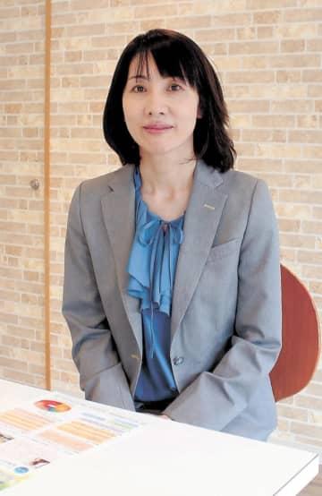 いしだ・みゆき 1969年仙台市生まれ。福島女子短大(現福島学院大)卒。福島学院大企画広報室長などを経て2016年4月から理事長を1期3年務め、今年3月退職した。