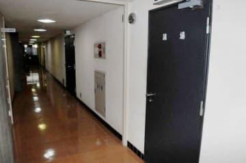 基本計画と異なる構造が判明した岡山県議会本会議場の壁付近