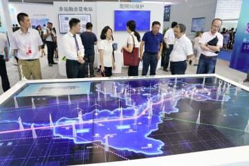 中国国際スマート産業博覧会 「ブラックテクノロジー」が大集合