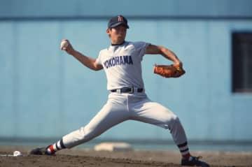 1998年、横浜高校時代の松坂大輔(写真:望月仁/アフロ)