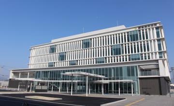 香川県観音寺市の市役所庁舎