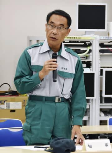 豚コレラ発生を受けて開かれた緊急対策会議で発言する埼玉県の大野元裕知事=13日夜、さいたま市浦和区