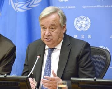 記者会見する国連のグテレス事務総長=18日、米ニューヨークの国連本部(共同)