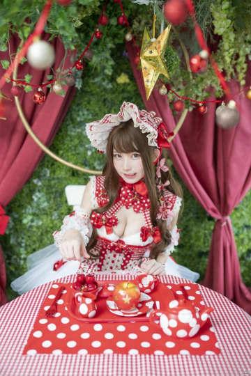 「UBIDAY2019」コスプレランウェイ東京会場の特別審査員にえなこさんが登場!物販の続報も公開