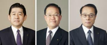 関西電力の(左から)大塚茂樹常務執行役員、豊松秀己元副社長、鈴木聡常務執行役員