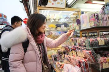 中国人の観光消費額、今年上半期1275億ドルに