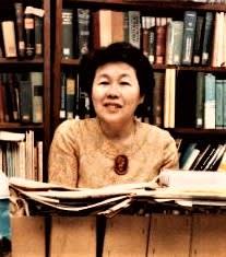 山口美代子さん。1981年、国会図書館で