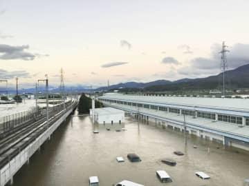 長野市にある北陸新幹線の車両センター(JR東日本提供)