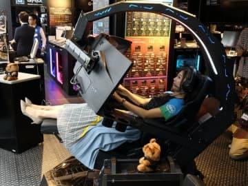 """これが350万円で買える""""圧倒的没入感""""…!究極のゲーミングチェア「Predator Thronos」の座り心地を確かめてきた【体験会レポート】"""
