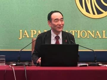 Naoko Iwanaga / BuzzFeed 日本エイズ学会理事長で熊本大学臨床レトロウイルス学分野教授の松下修三氏