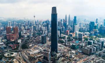 ムリア・グループが開発を手掛けたエクスチェンジ106。国内で最も高いビルとなる(同社提供)