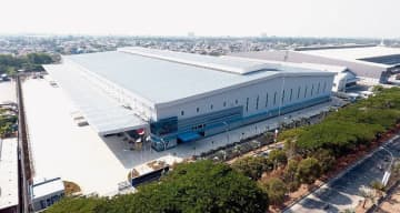 PT. Summitmas Property, an Indonesian real estate arm of Japanese trading house Sumitomo Corp., will open its second warehouse in the Jababeka Industrial Estate, some 40 kilometers east of Jakarta, on Nov. 1, 2019. (Photo courtesy of Sumitomo Corp.)