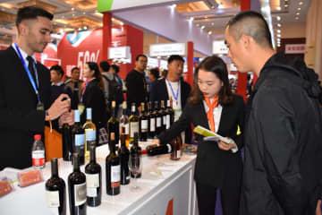 中国最大規模の食品・飲料展示会開催 約2600社が出展 天津市