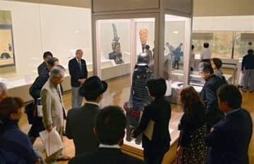 県立美術館本館で始まった特別展「熊本城と武の世界」=26日、熊本市中央区(横井誠)