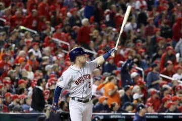 7回に満塁ホームランを放ったアレックス・ブレグマン【写真:Getty Images】