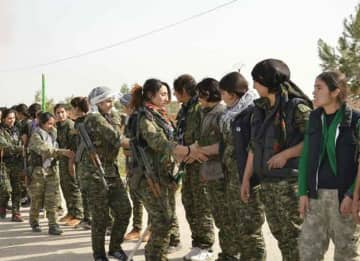 YPJ Kurdish fighters