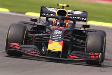 F1メキシコGPで走行するレッドブル・ホンダのアレクサンダー・アルボン=メキシコ市(ゲッティ=共同)