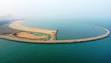 全国初、工業港をエコツーリズム海岸に整備 山東省日照市