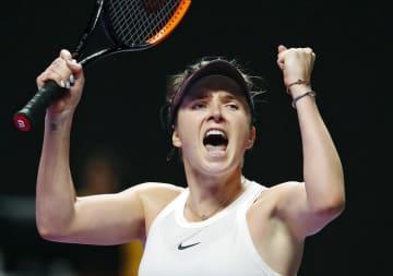 カロリナ・プリスコバに勝利し、喜ぶエリナ・スビトリナ=深セン(AP=共同)