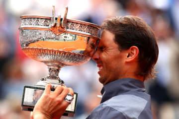 写真は「全仏オープン」で優勝したナダル