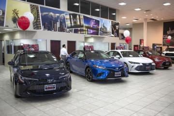 米カリフォルニア州に展示されたトヨタ自動車のセダン=2月(AP=共同)