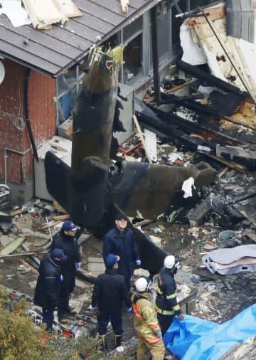 陸上自衛隊のAH64D戦闘ヘリが住宅に墜落した事故現場=2018年2月、佐賀県神埼市