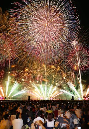 来年の開催中止が決まった広島みなと夢花火大会(7月27日)