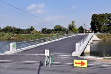 復旧した中洲橋=垂水市本城