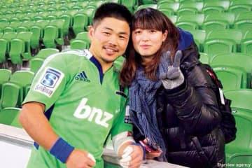 田中選手と妻・智美さん